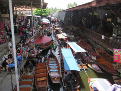 Floating Market at Damnoensaduak